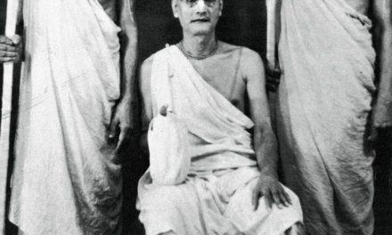 2.20 Die Sannyāsa-Zeremonie Śrīla Bhaktivedānta Svāmī Mahārājas